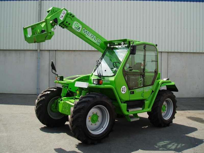 Incarcator telescopic Merlo P 36.7 dealer