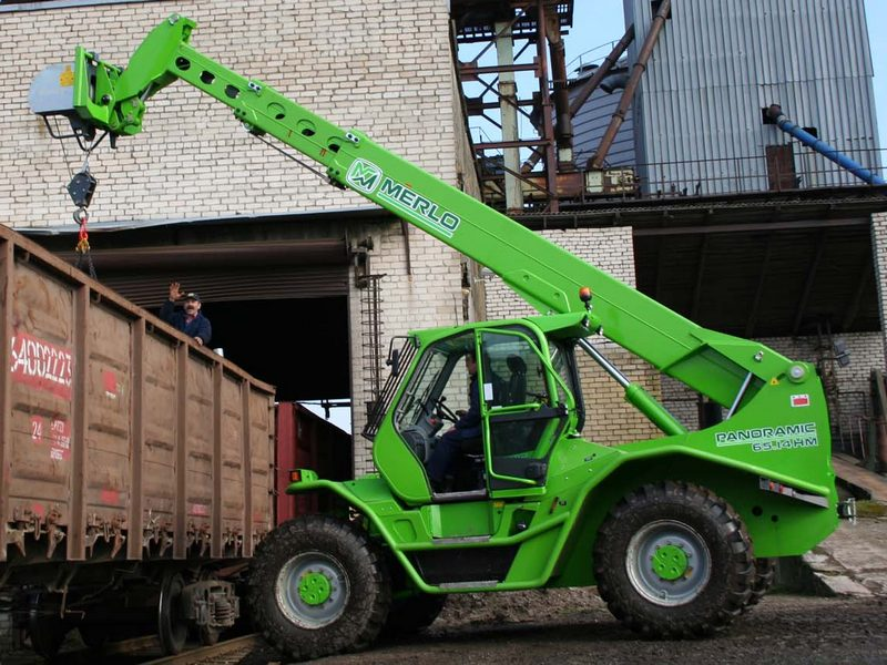 Incarcator telescopic Merlo P 65.14 dealer